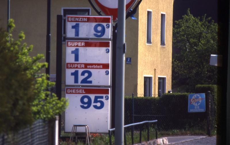 Morgen Benzin Ohne Steuern