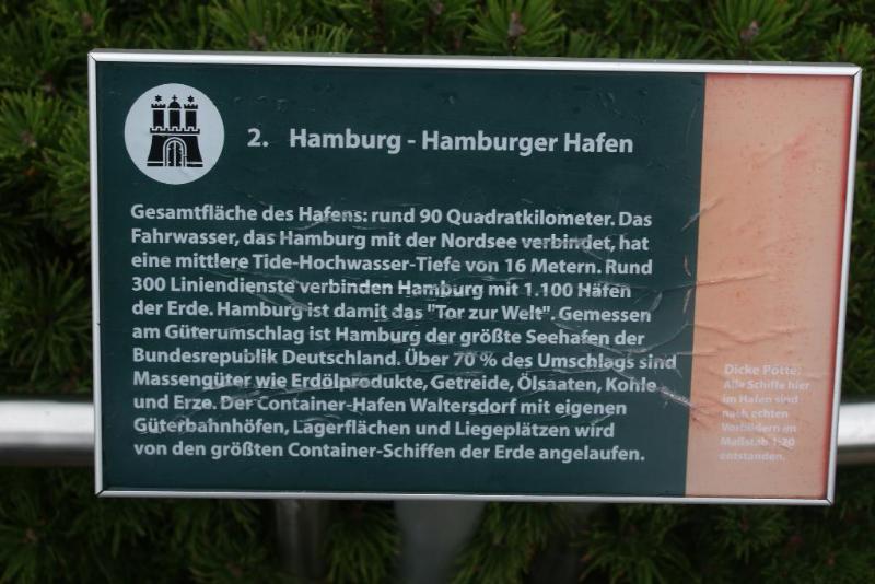 hamburger hafen auslaufende schiffe